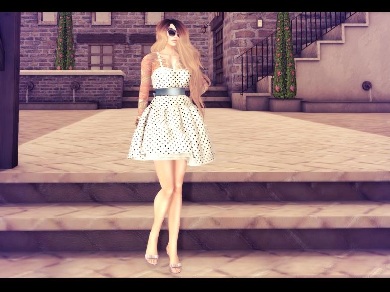 maitreya dress marukin pose_008